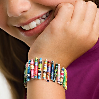 magazine-bracelet-craft